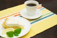 Free Lemon Meringue Pie Stock Photo - 2891010