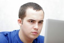 Free Student Working On His Laptop Royalty Free Stock Images - 2894039