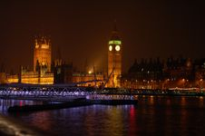 Free Houses Of Parliament Royalty Free Stock Photos - 2895358