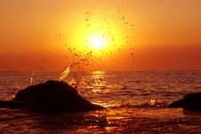 Free Unreal Sunset Splash Royalty Free Stock Image - 2897216