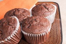 Free Chocolate Chip Cinnamon Muffins Stock Photos - 28900853