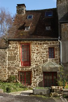 Free Typical French Stone Cottage Stock Photography - 28937472