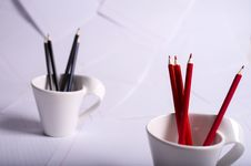 Free Black And Red Pencils Stand In Two Cups Stock Photography - 28944182