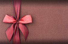 Free Cover Gift Box With Red Bow Stock Images - 28971864