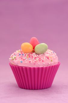Free Easter Cupcake Royalty Free Stock Images - 28974019
