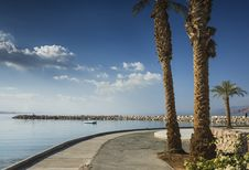 Free View On The Gulf Of Aqaba From Promenade, Eilat Royalty Free Stock Image - 28975106