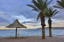 Free View On The Gulf Of Aqaba From Sandy Beach Of Eilat Royalty Free Stock Photo - 28975685