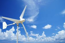 Free Wind Turbine And  Blue Sky Royalty Free Stock Images - 28982269