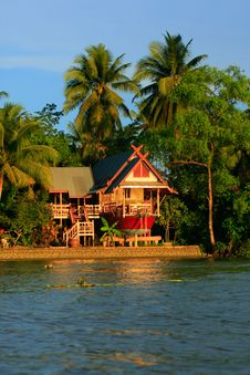 Free Waterfront House In Thai Style, Thailand Stock Photography - 28989462