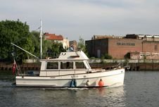Free Boat In Canal Stock Photos - 290523