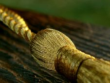 Free Golden Knot Royalty Free Stock Photography - 296307
