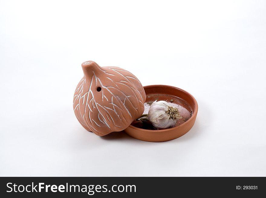 Garlic Roaster with head of Garlic