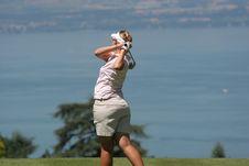 Free Lady Golf Swing At Leman Lake Royalty Free Stock Photos - 2901548