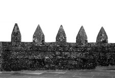 Free Castle Rampart Black And White Royalty Free Stock Photos - 2901808