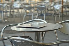 Free Empty Desks In A Bistro Stock Photo - 2907450