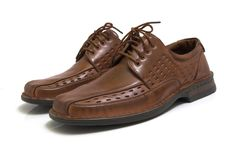 Free Pair Of Brown Shoes Isolated O Royalty Free Stock Photos - 2909498