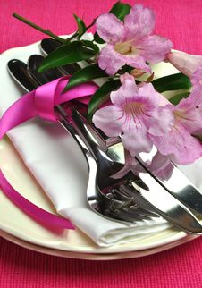 Free Pink Dinner Table Setting For Easter Or Special Occasion. Royalty Free Stock Photos - 29015868