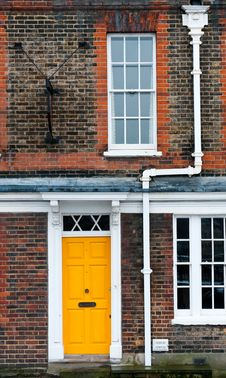 Free Yellow Door Stock Images - 29020614