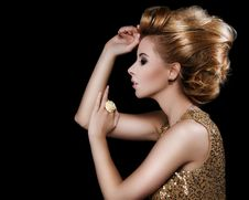 Free Fashionable Attractive Blonde Hairdo Stock Photography - 29028902