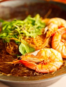 Shrimp Potted With Vermicelli Stock Images