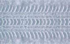Free Tire Track In The Snow Royalty Free Stock Image - 29051936