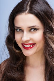 Free Portrait Of Sexy Brunette With Red Lips Royalty Free Stock Images - 29070469
