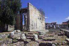 Free Roam Ruins Royalty Free Stock Photos - 29072328