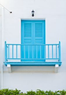 Free Blue Door Royalty Free Stock Images - 29072519
