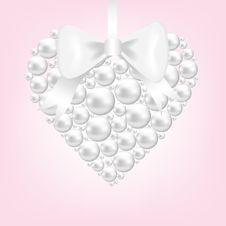 Free Pearl Heart Royalty Free Stock Photography - 29075417