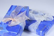 Free Gifts With Blue Star Wrapper Royalty Free Stock Photography - 2911447