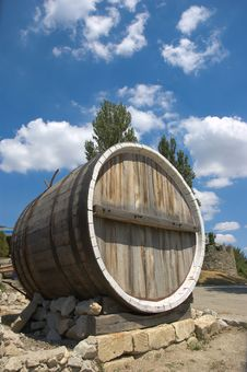 Free Wine Barrel Royalty Free Stock Photos - 2914118