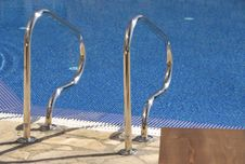 Free Swimming Pool Stock Photography - 2914512