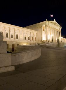 Free Austrian Parliament Building Stock Photography - 2918482