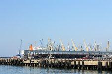 Free Seaport Terminal Stock Photo - 29103700