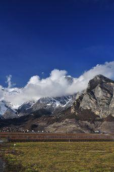 Free Canton Wallis, Switzerland. Mountain Landscape Royalty Free Stock Photography - 29106227