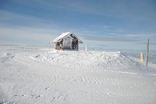 Free Mountain Shelter Stock Image - 29110231