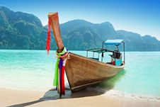 Free Longtale Boat Stock Image - 29118531