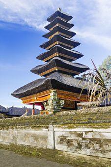 Free Ulun Danu Temple Royalty Free Stock Photos - 29118798