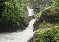 Free Beauty Waterfall Stock Photo - 29118840