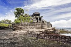 Free Tanah Lot Temple Royalty Free Stock Photos - 29118868