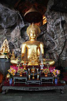 Free Golden Buddha Stock Photo - 29119060