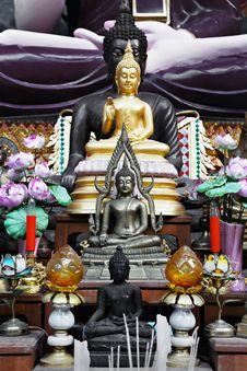 Free Golden Buddha Stock Photography - 29119082