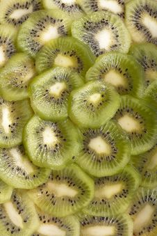 Free Sliced Kiwi Royalty Free Stock Photos - 29129888