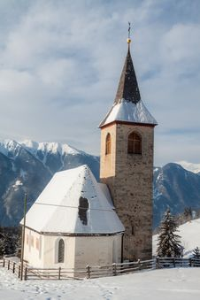 Free A Wintertime View Of A Small Church With A Tall Steeple Royalty Free Stock Photos - 29141208