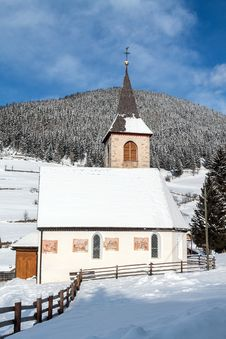 Free A Wintertime View Of A Small Church With A Tall Steeple Stock Photos - 29141243