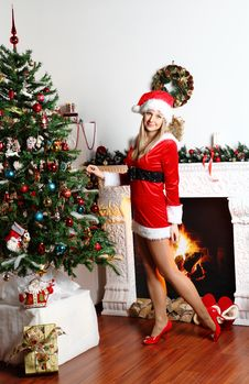 Free Christmas Girl Stock Image - 29177671