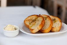 Free Toasted Garlic Bread Royalty Free Stock Photography - 29183047