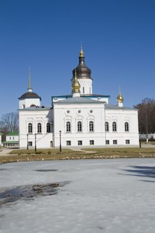 Free Renovated Russian Orthodox Church Royalty Free Stock Photos - 29183828