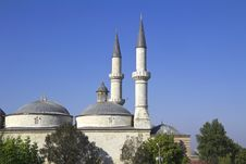 Free Ottoman Mosque Royalty Free Stock Image - 29186216