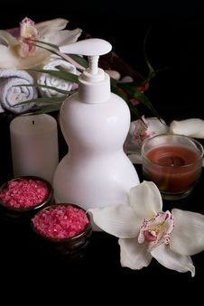 White Orchids And Spa Treatment Products Stock Images